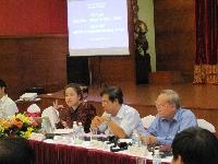 Về quyền và nghĩa vụ của dân  trong chính sách, pháp luật về đất đai